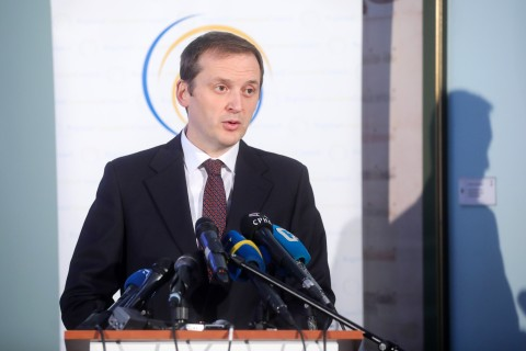 "Nand Shani, Team Leader of RCC's ESAP 2 project speaking to the media at the Regional Conference ""Employment - Shades of Grey in the Western Balkans: Regional Perspectives on Creating More and Better Jobs"", marking beginning of the Phase two of the Employment and Social Affairs Platform Project - ESAP 2, in Sarajevo on 28 January 2020 (Photo: RCC/Armin Durgut)"